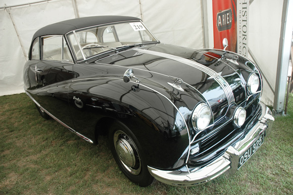 1952 Austin A90 Atlantic The Two Vintage Electric Cars Sold With Strong Prices